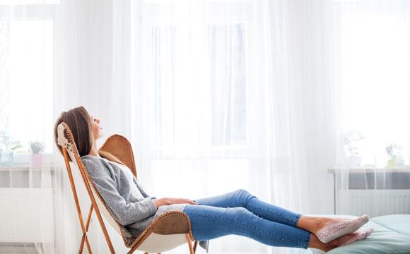 7 τρόποι για να ανακουφιστείτε από τα συμπτώματα των κιρσών στο σπίτι
