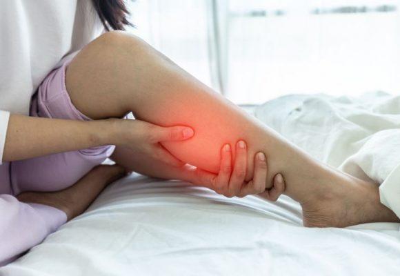 Πόνος στα πόδια: Τι μπορεί να υποδηλώνει και πως αντιμετωπίζεται;